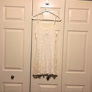 City Triangles white lace spaghetti strap dress M